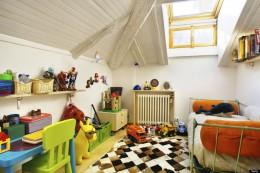 Tetőtéri játszószoba a gyerekeknek