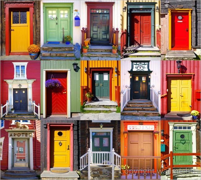 Kollázsfotó színes ajtókból