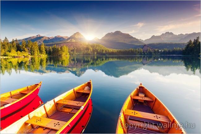 Szlovákia, Csorba-tó tájkép csónakokkal
