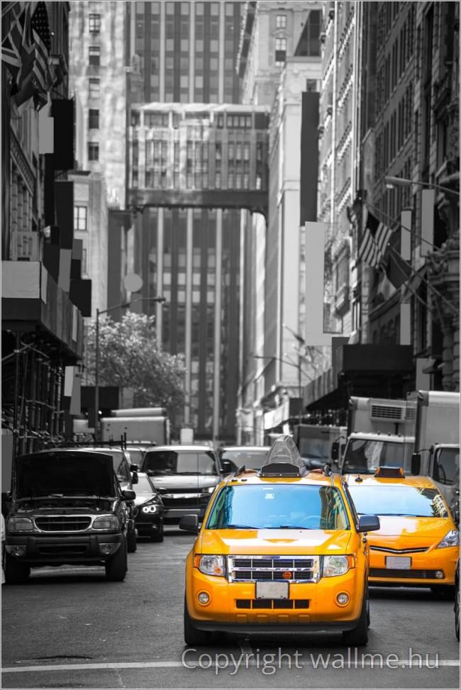 Fekete-fehér New York-i poszter sárga taxikkal