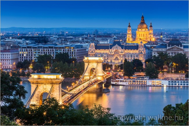 Budapest éjszakai panoráma