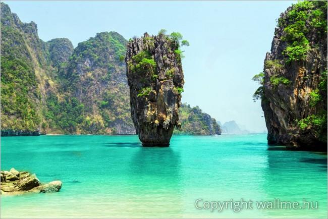 Thaidöld, Phangnga-öböl beli természeti paradicsom. Tökéletes fotó poszter vagy vászonkép nyomtatáshoz!