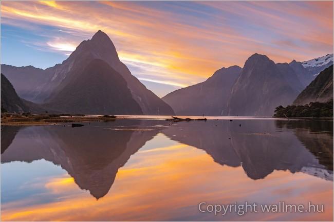Meditatív, stresszoldó tájkép az új-zélandi fjordokról