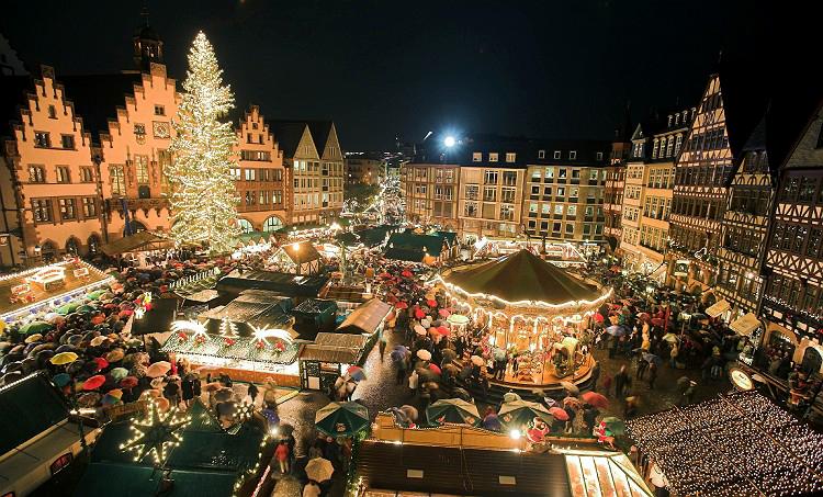 Frankfurter Weihnachtsmarkt erŲffnet